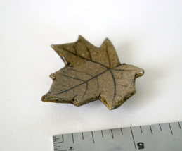 miniature leaf dish